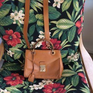 Handbags - Vintage Wathne bag